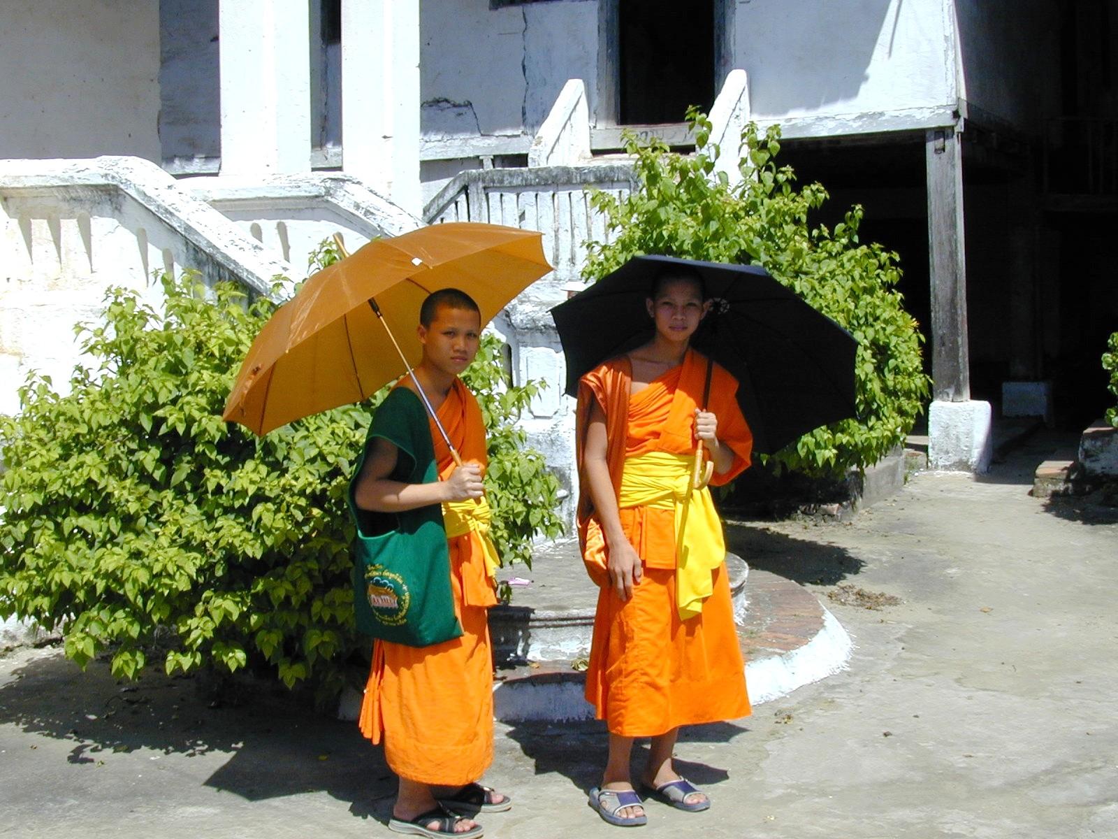 Munke i Luang prabang